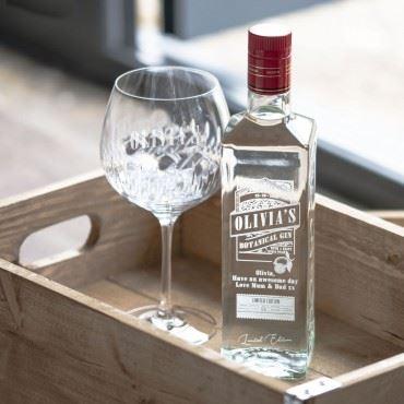 PRSONALISED ALCOHOL -  ENGRAVED GIN BOTTLE
