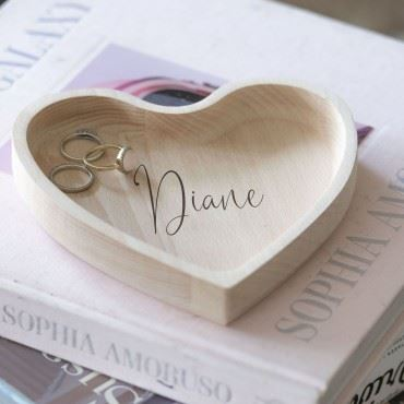 PERSONALISED SCRIPT WOODEN HEART DISH